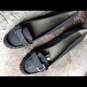 Life Stride Sueded Loafers